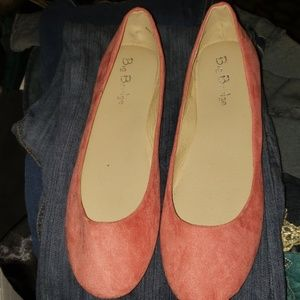shoes size 10 flats peach color